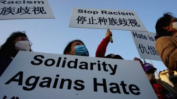 Thousands rally in Chicago against racism