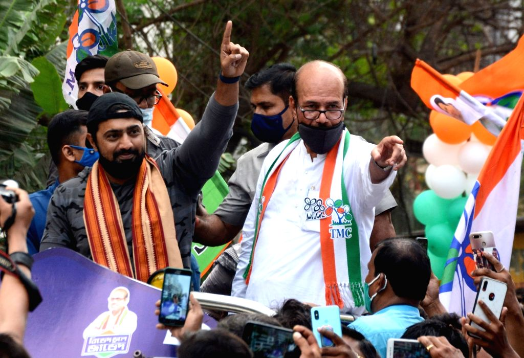 TMC M.P Dev at a roadshow along with the party candidate Javed Ahamed Khan, ahead of the 4th phase of State Assembly election in Kolkata on April 8, 2021. - P Dev and Javed Ahamed Khan