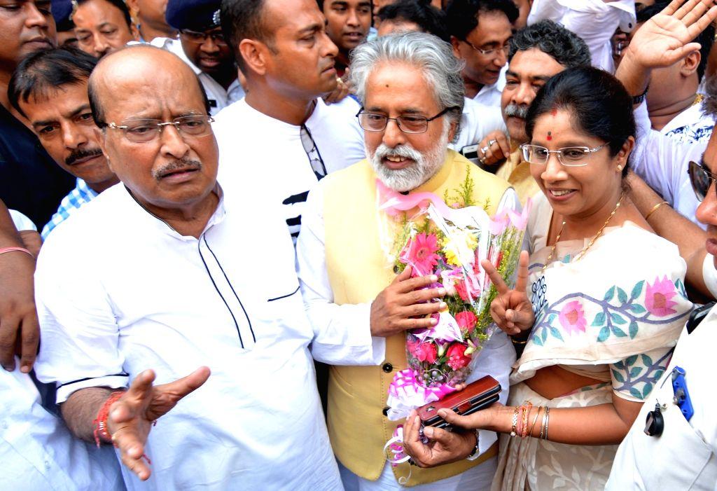 TMC's Lok Sabha candidate from North Kolkata, Sudip Bandyopadhyay arrives to file his nomination for the forthcoming Lok Sabha elections, in Kolkata on April 26, 2019.