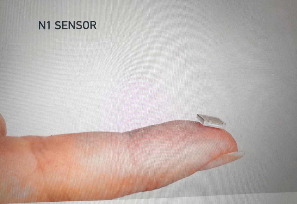 """To help paralyzed people control devices and empower people with brain disorders enrich their lives, Elon Musk-led startup Neuralink has revealed tiny brain """"threads"""" in a chip which is ..."""