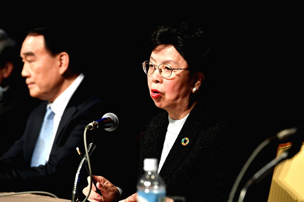 TOKYO, Jan. 22, 2019 - Margaret Chan Fung Fu-chun (R), chairperson of the Global Health Forum of Boao Forum for Asia (BFA), speaks at a promotion conference for the health forum in Tokyo, capital of ...
