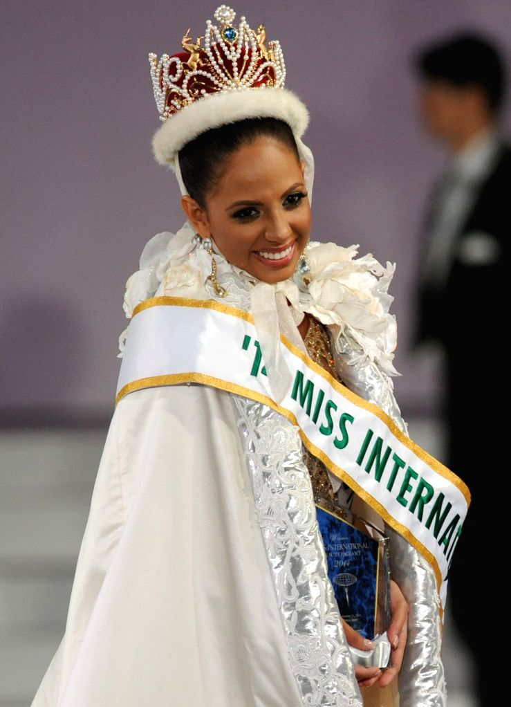 Tokyo (Japan): Miss Puerto Rico Valerie Hernandez poses for photo after being awarded the title of Miss International during the Miss International Beauty Pageant 2014 in Tokyo, Japan, Nov. 11, 2014.