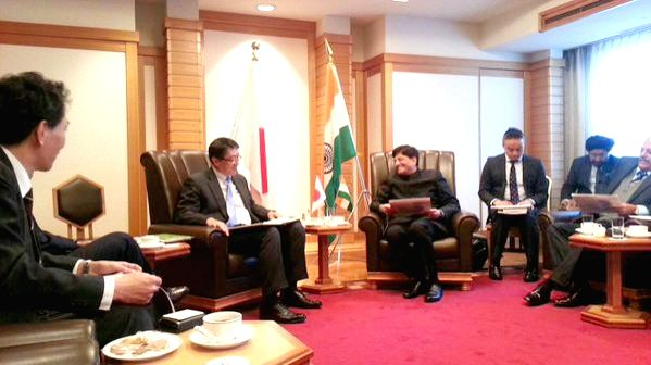 Tokyo (Japan): Union Minister of State (Independent Charge) for Power, Coal and New and Renewable Energy Piyush Goyal meets the Japanese Financial Institutions in Tokyo, Japan on Jan 14, 2016. Also ...