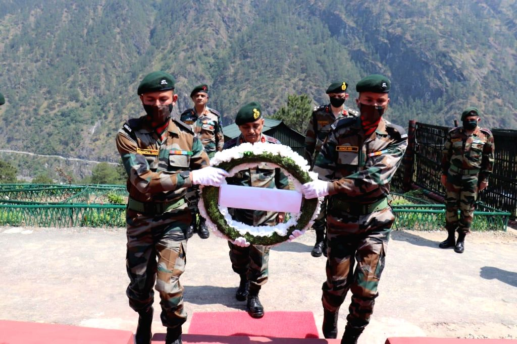 Top Army officer???s visit in forward locations of Arunachal