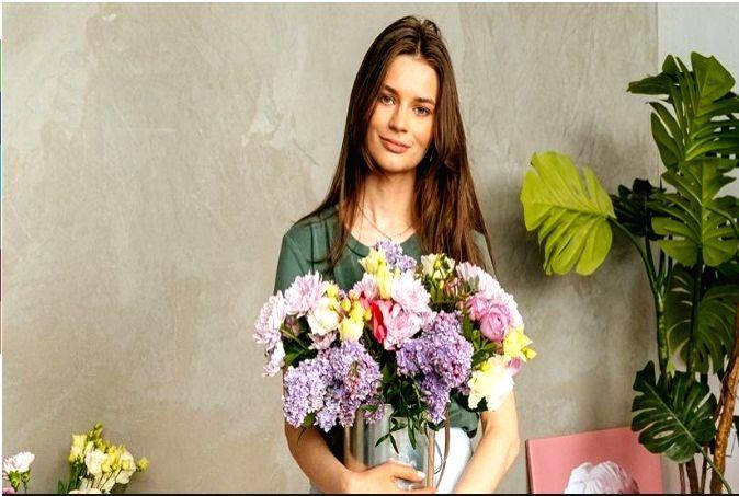 Top flower trends for the festive season.