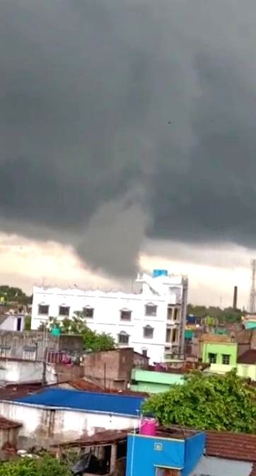Tornedo hits Hooghly and North 24 Parganas