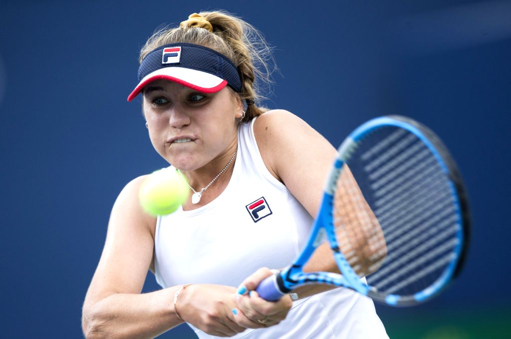 TORONTO, Aug. 11, 2019 - Sofia Kenin of the United States returns the ball during the women's singles semifinal match between Bianca Andreescu of Canada and Sofia Kenin of the United States at the ...