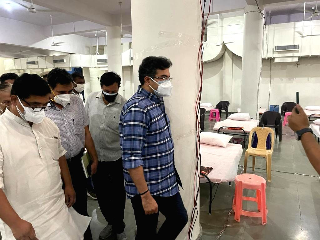 Tow BJP MPs together started nine Covid Care Centres in Delhi