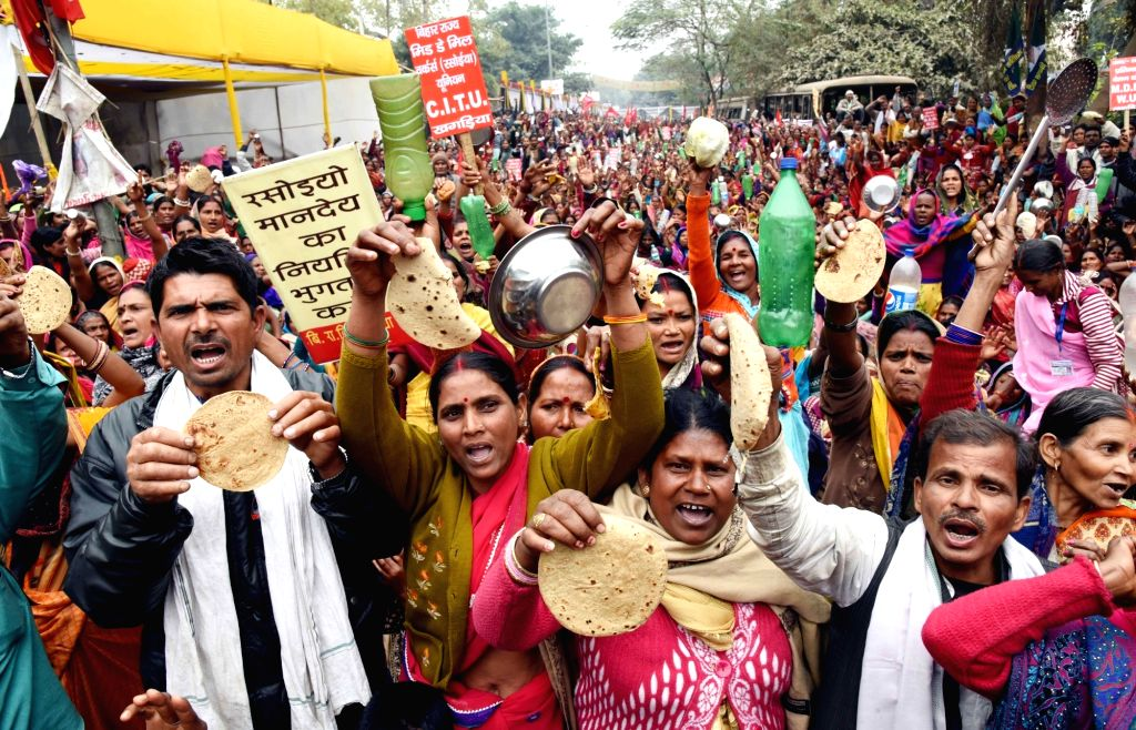 Trade Union workers stage a demonstration to press for their various demands in Patna, on Jan 24, 2019.