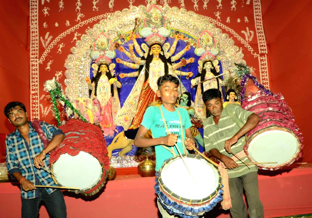 Traditional drummers at a Patna Durga Puja Pandal on Oct 7, 2016.