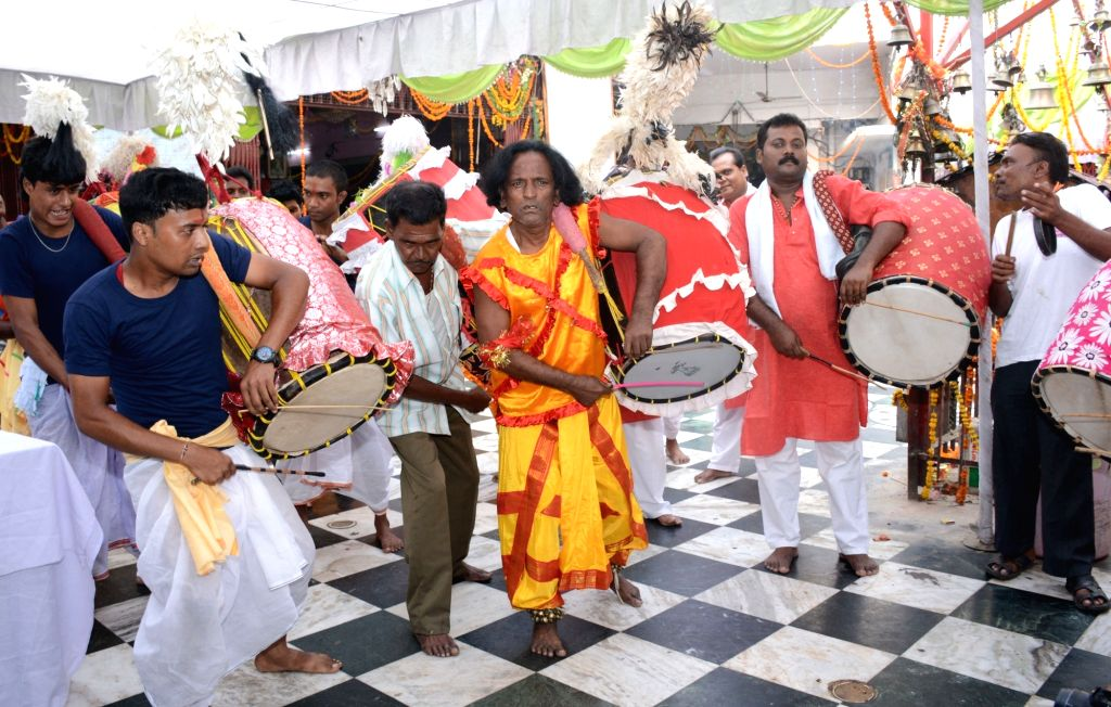 Traditional drummers perform during Durga Puja in Lucknow on Oct 10, 2016.
