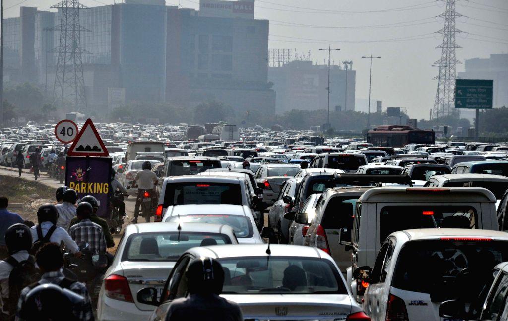 Traffic jam on NH-8 near Delhi-Gurgaon border on Oct 27, 2015.