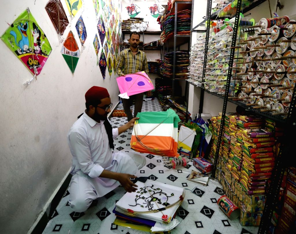 Tricoloured kites being sold ahead of 73rd Independence Day celebrations, in New Delhi on Aug 13, 2019.
