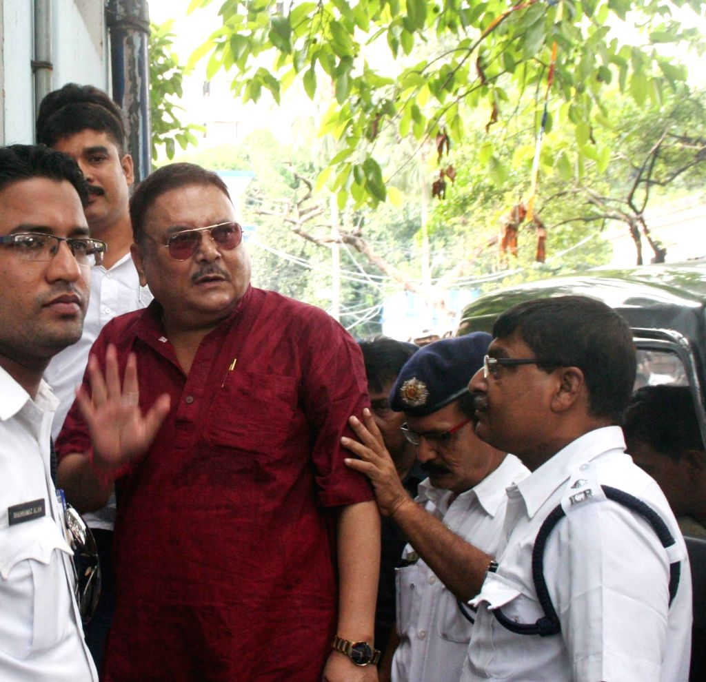 Trinamool Congress leader Madan Mitra being taken to be produce at Kolkata court in connection with Saradha chit fund scam on July 11, 2016.