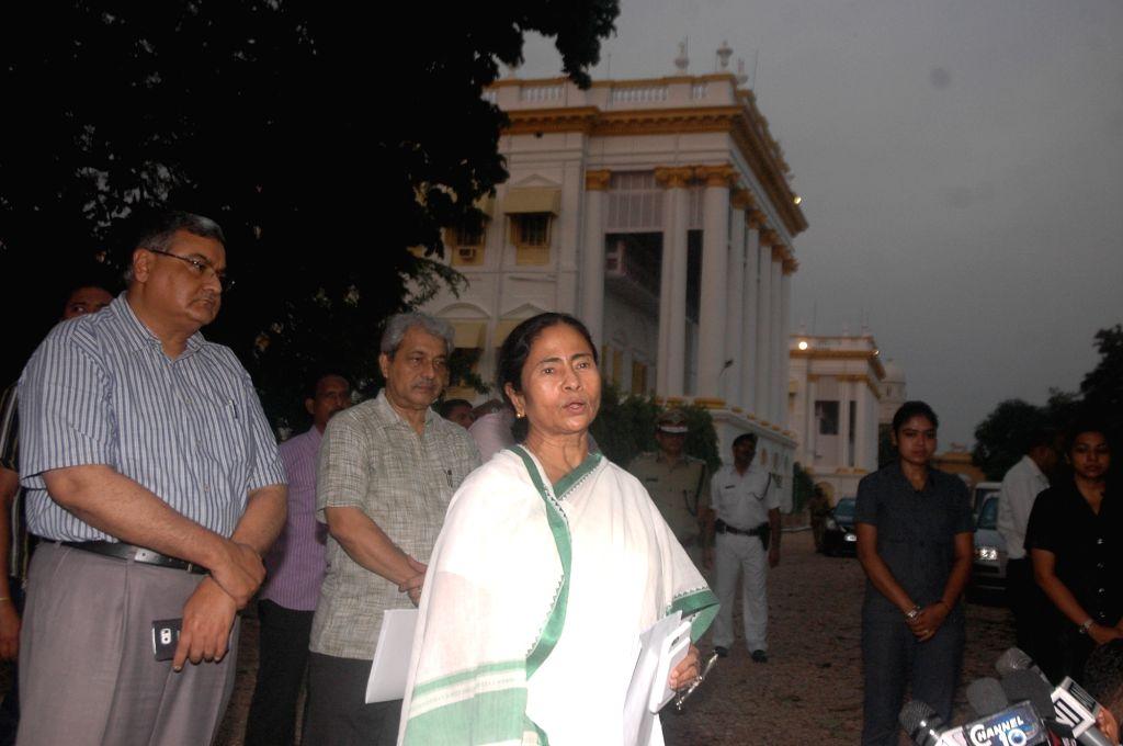 Trinamool Congress supremo Mamata Banerjee at Raj Bhawan in Kolkata, on May 26, 2016. - Mamata Banerjee