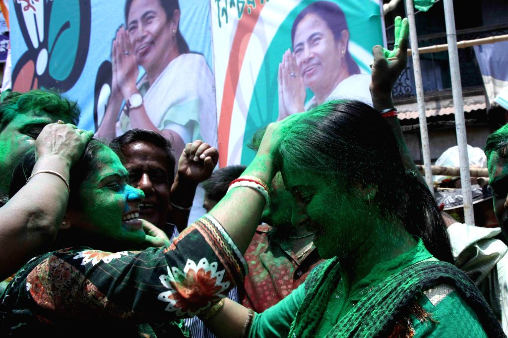 Trinamool Congress (TMC) supporters celebrate party's performance in 2014 Lok Sabha Polls, in Kolkata on May 16, 2014.