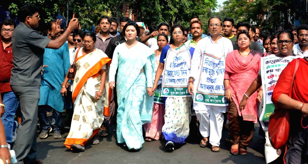 Trinamool Congress workers stage a demonstration against hike in fuel prices in Kolkata on May 25, 2018.