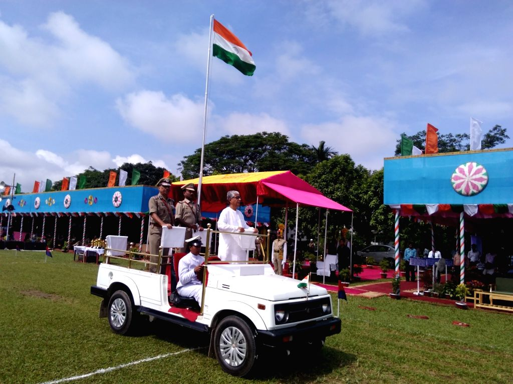 Tripura Chief Minister Manik Sarkar inspects Guard of Honour during Independence Day celebrations in Agaratala on Aug 15, 2016. - Manik Sarkar