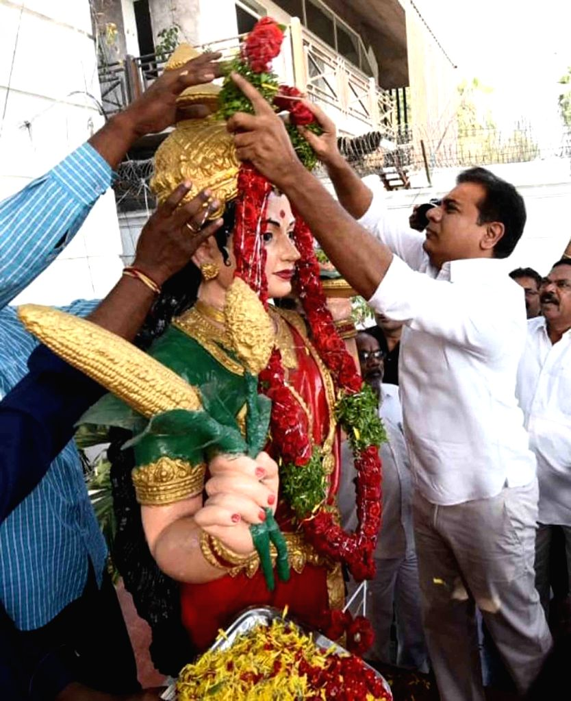 TRS President KT Rama Rao garlands Telangana Talli, on the occasion of Telangana State Formation Day, in Hyderabad, on June 2, 2019. - Rao