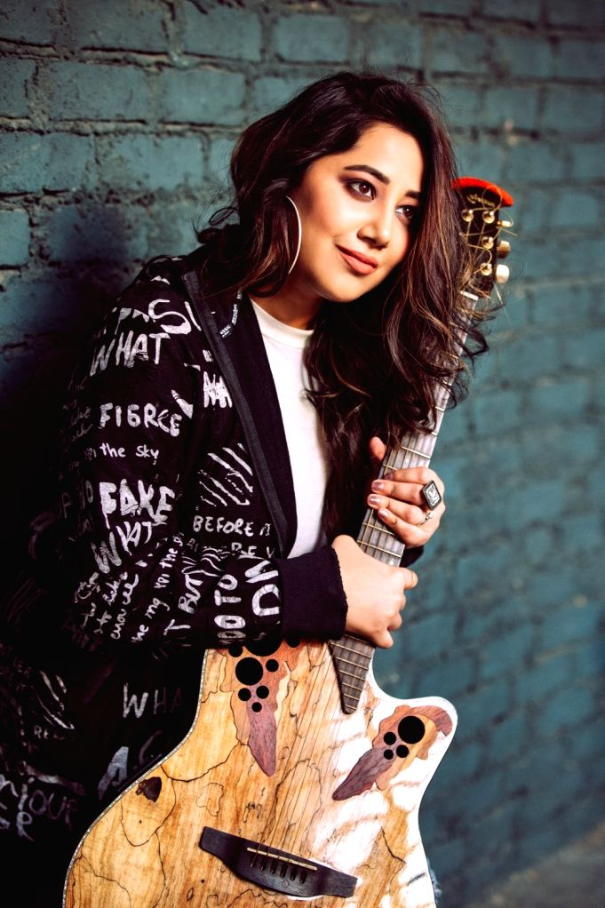 """Tum hi aana"""" from Sidharth Malhotra-starrer """"Marjaavaan"""" is Payal Dev's first composition that has received over 70 million views on YouTube. The artiste, also a singer, says ... - Sidharth Malhotra and Payal Dev"""