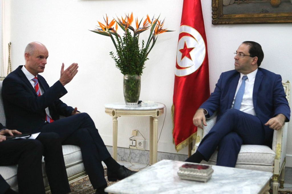 TUNIS, Nov. 1, 2018 - Tunisian Prime Minister Youssef Chahed (R) meets with Dutch Foreign Minister Stef Blok in Tunis, capital of Tunisia, on Nov. 1, 2018. - Youssef Chahed