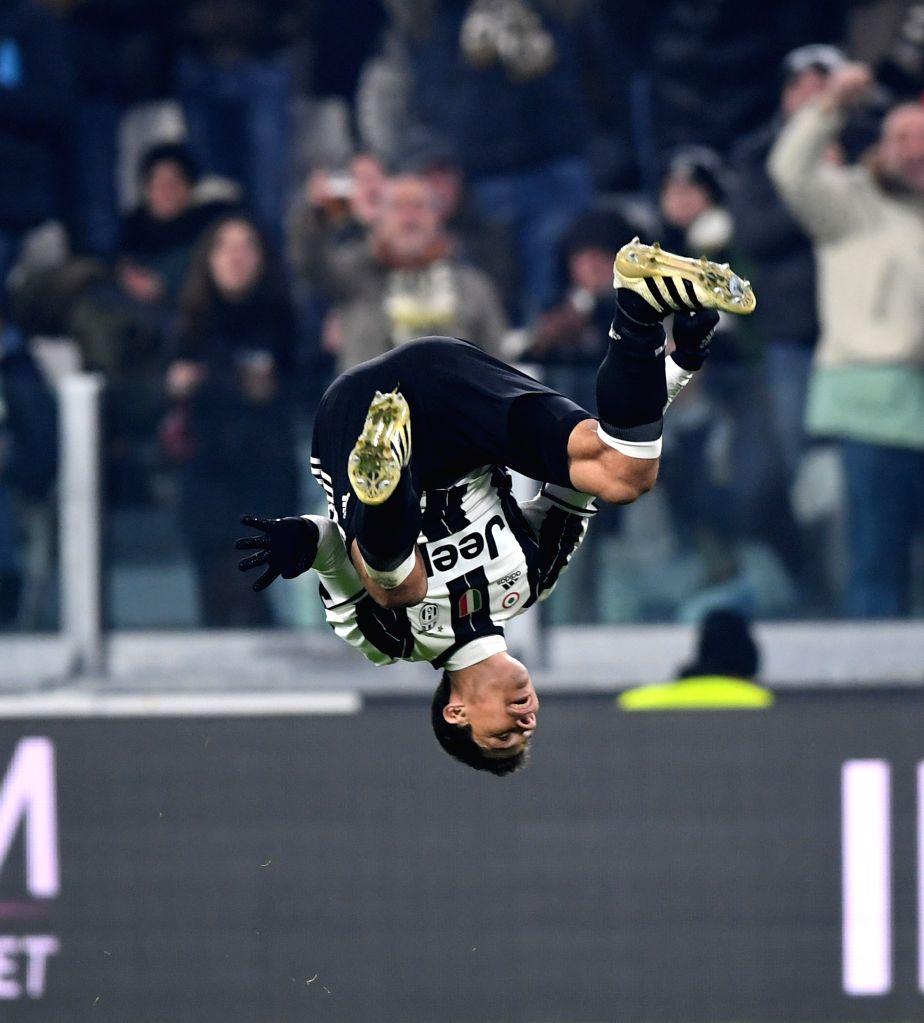 TURIN, Nov. 20, 2016 - Juventus' Hernanes celebrates scoring during the Italian Serie A match between Juventus and Pescara at the Juventus Stadium in Turin on Nov. 19, 2016. Juventus won 3-0.