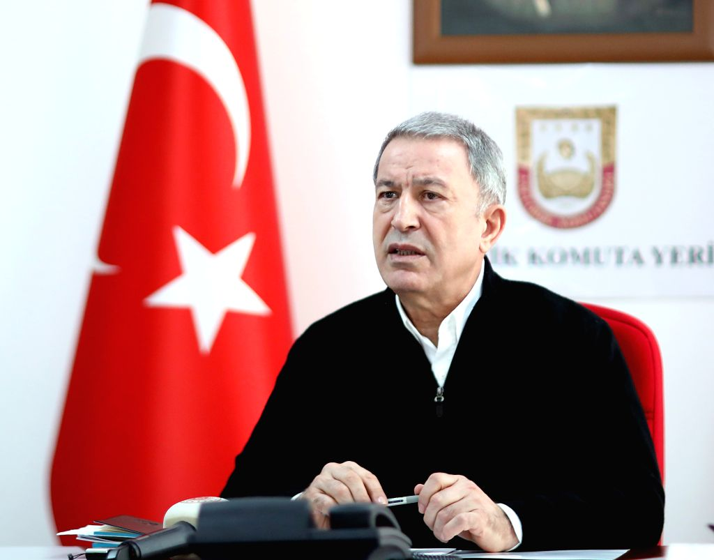 Turkish defence minister rules out war with Greece