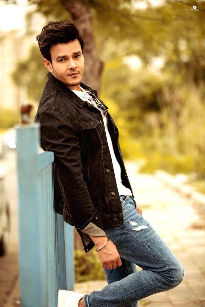 TV actor Aniruddh Dave turns producer. - Aniruddh Dave