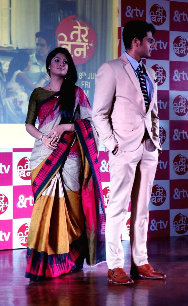 """TV Actor Gaurav Khanna, Shefali Sharma and Khushboo Tawde during a press conference to promote their upcoming TV show """"Tere Bin"""" in &TV, in New Delhi, on July 5, 2016. - Gaurav Khanna and Shefali Sharma"""
