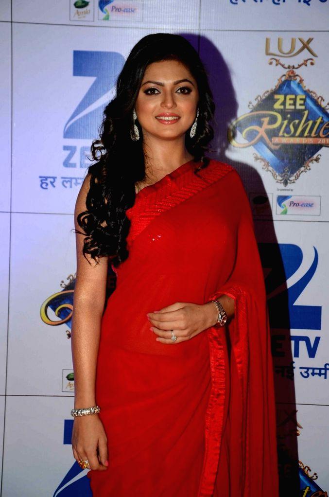 TV actress Dristi Dhami during the red carpet of Zee Rishtey Awards 2015, in Mumbai on November 21, 2015. - Dristi Dhami