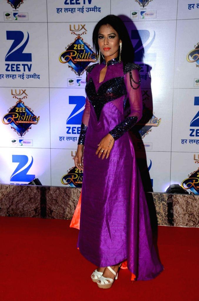 TV actress Nia Sharma during the red carpet of Zee Rishtey Awards 2015, in Mumbai on November 21, 2015. - Nia Sharma