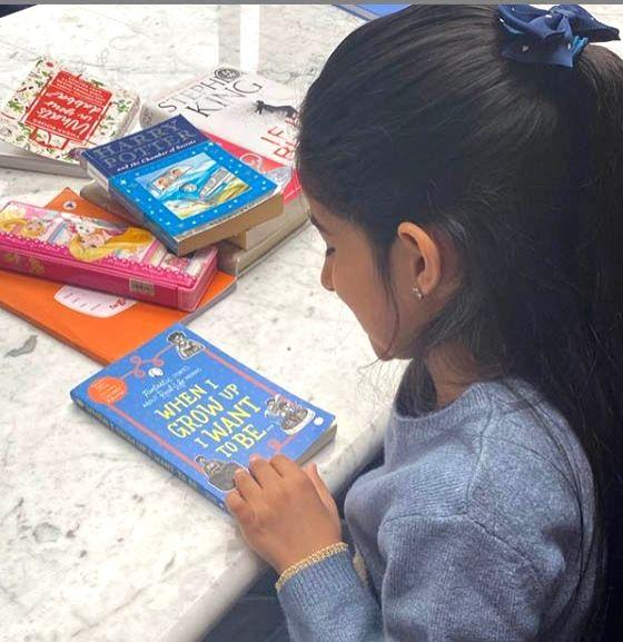 Twinkle Khanna posts a B'day note as daughter Nitara turns eight. - Khanna