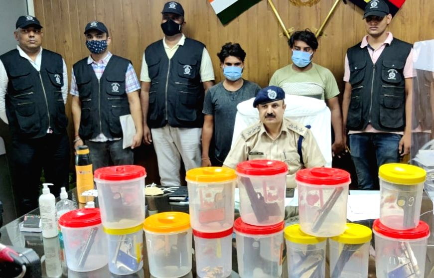 Two Illegal arms supplier with 11 pistols held in Gurugram