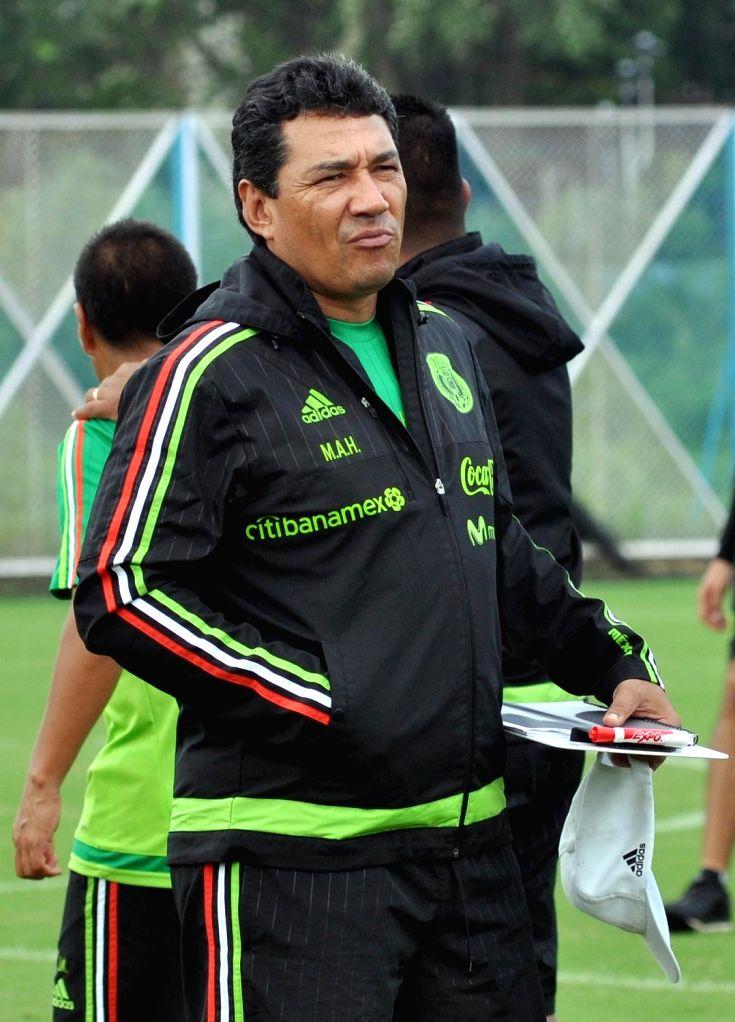 U-17 Mexican team head coach Mario Artegara during a practice session ahead of FIFA U 17 World Cup India 2017 match against Korea at Salt Lake Stadium in Kolkata on Oct 10, 2017.