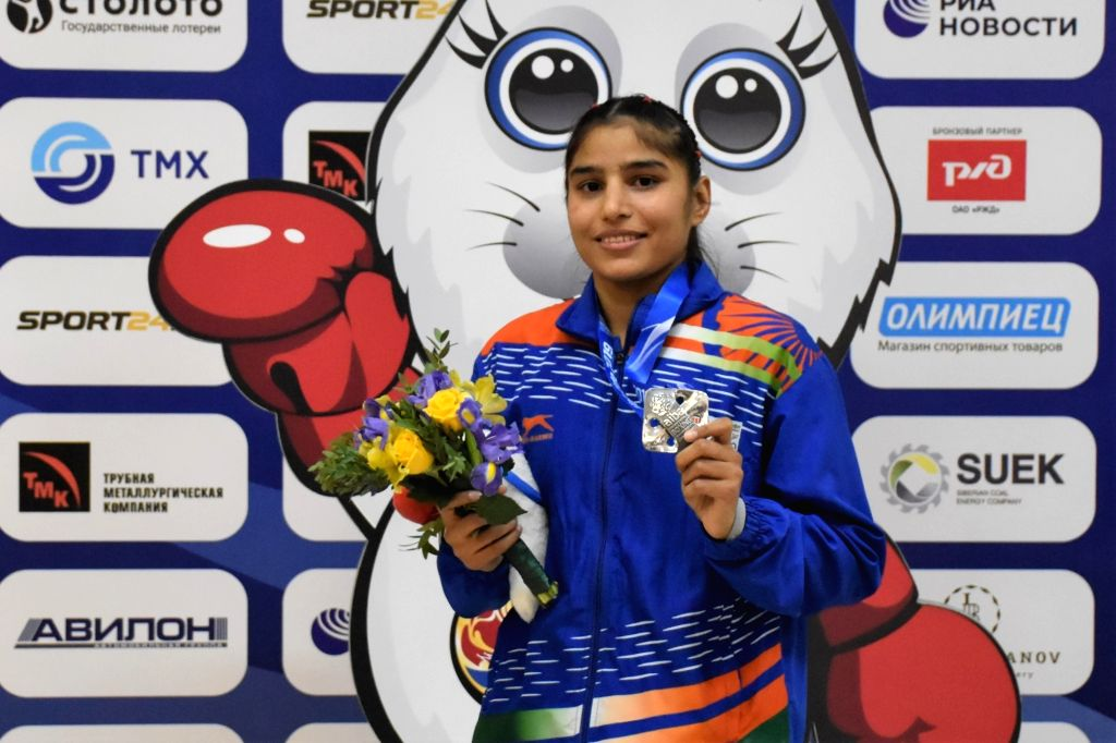 Ulan-Ude: India's Manju Rani poses with her silver medal in 48kg category during the medal ceremony at AIBA Women's World Championships 2019 in Ulan-Ude, Russia, on Oct 13, 2019.