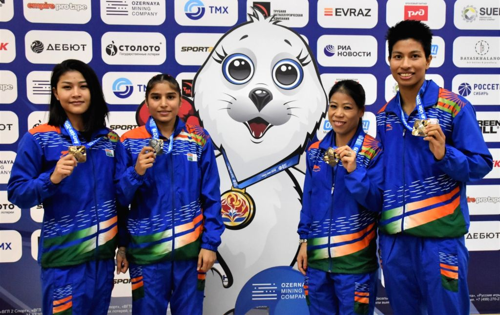 Ulan-Ude: India's MC Mary Kom, Manju Rani, Jamuna Boro and Lovlina Borgohain pose with their medals after the medal ceremony at AIBA Women's World Championships 2019 in Ulan-Ude, Russia, on Oct 13, ... - Mary Kom