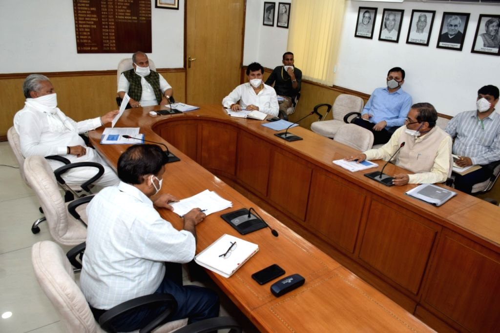 Union Agriculture Minister Narendra Singh Tomar reviewed the works of ICAR and DARE. - Narendra Singh Tomar