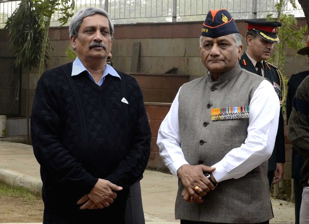Union Defence Minister Manohar Parrikar and Minister of State (MoS) for External Affairs VK Singh arrives to pay tribute to Lt Gen JFR Jacob who passed away on 13th Jan 2016, in New Delhi, ... - Manohar Parrikar