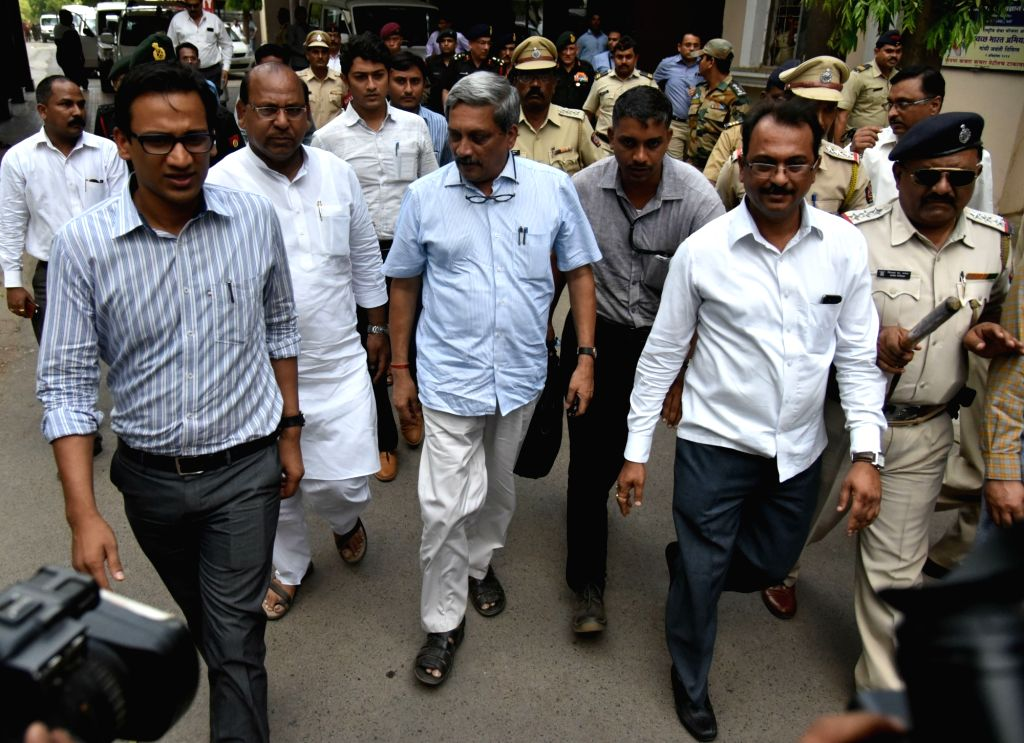 Union Defence Minister Manohar Parrikar leaves after visiting soldiers injured in the fire that broke out at Indian Army's ammunition depot in Maharashtra's Pulgaon, in Wardha, on May 31, ... - Manohar Parrikar