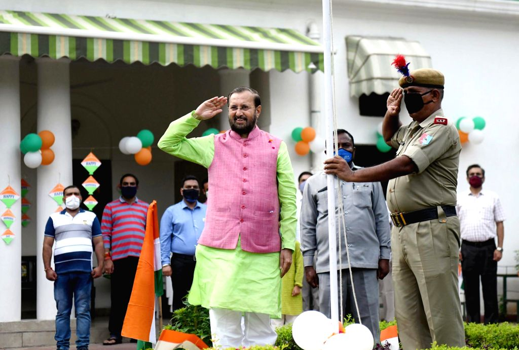 Union Environment, Forest & Climate Change, Information & Broadcasting and Heavy Industries and Public Enterprise Minister Prakash Javadekar hoists the national flag on the ... - Prakash Javadekar
