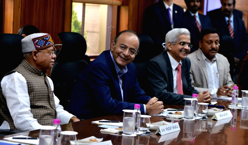 Union Finance Minister Arun Jaitley, MoS Finance Shiv Pratap Shukla and RBI Governor Shaktikanta Das during RBI central board meeting, in New Delhi on Feb 18, 2019. - Arun Jaitley