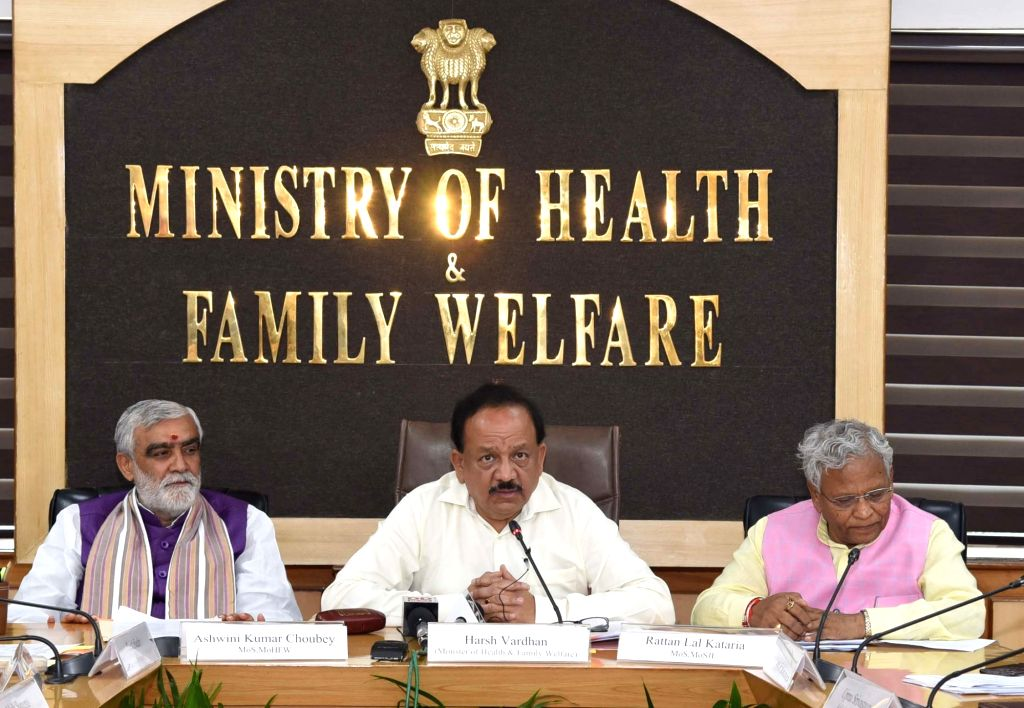 Union Health and Family Welfare Minister Harsh Vardhan accompanied by Union MoS Health and Family Welfare Ashwini Kumar Chaubey and Union MoS Social Justice and Empowerment Rattan Lal ... - Harsh Vardhan