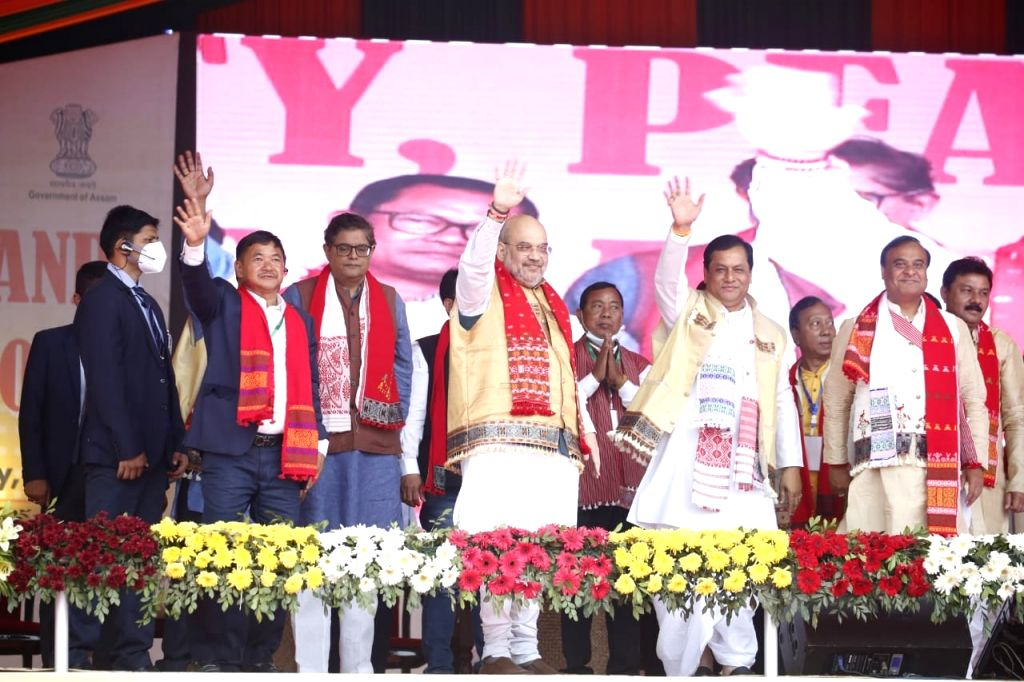 Union Home Minister Amit Shah attending Unity, Peace and Development Rally alongwith Chief Minister Sarbananda Sonowal at Dengaon in Karbi Anglong on 25.02.2021. - Amit Shah