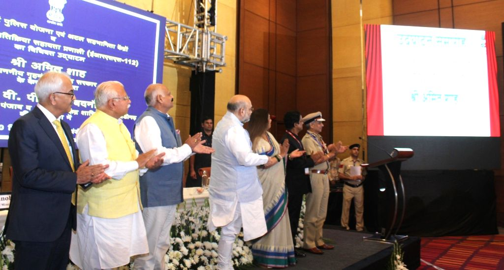 Union Home Minister Amit Shah, Governor of Punjab and Administrator of Chandigarh V.P. Singh Badnore, Haryana Chief Minister Manohar Lal Khattar and BJP MP Kirron Kher at the launch of ... - Amit Shah, P. Singh Badnore, Manohar Lal Khattar and Kirron Kher