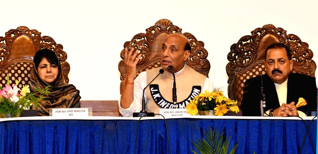 Union Home Minister Rajnath Simgh and Jammu and Kashmir Chief Minister Mehbooba Mufti during a press conference in Srinagar on June 7, 2018. Also seen Union MoS PMO Jitendra Singh. - Rajnath Simgh, Mehbooba Mufti and Jitendra Singh