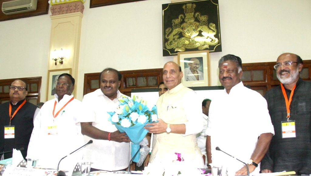Union Home Minister Rajnath Singh, Karnataka Chief Minister H.D. Kumaraswamy, Puducherry Chief Minister V. Narayanasamy and Tamil Nadu Deputy Chief Minister O. Panneerselvam, at the 28th ... - Rajnath Singh