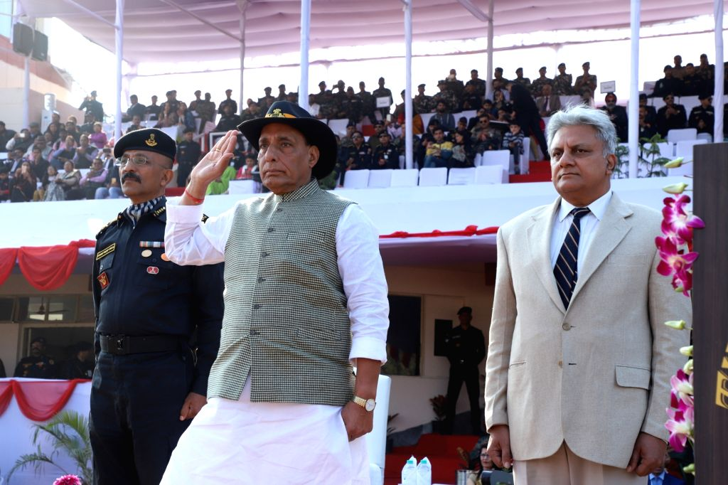 Union Home Minister Rajnath Singh takes salute of the march past during the closing ceremony of the 8th All India Police Commando Competition at Manesar in Gurugram district of Haryana on ... - Rajnath Singh, Sudhir Pratap Singh and Rajiv Jain