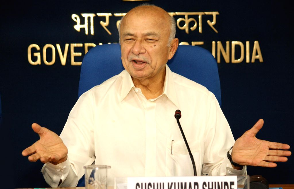 Union Home Minister Sushilkumar Shinde at a press conference in New Delhi on September, 07, 2013. (Amlan Paliwal/IANS) - Sushilkumar Shinde