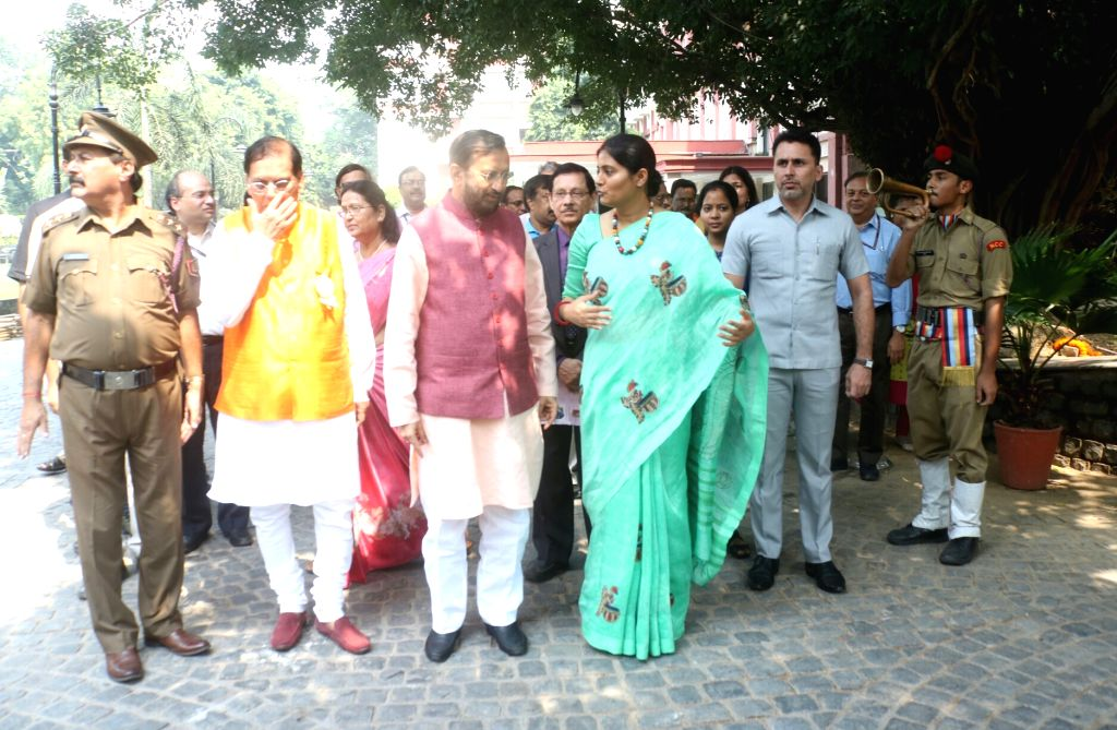 Union Human Resource Development (HRD) Minister Prakash Javadekar, Union MoS Health and Family Welfare Anupriya Patel and Sulabh International Founder Bindeshwar Pathak arrive to attend ... - Prakash Javadekar and Welfare Anupriya Patel