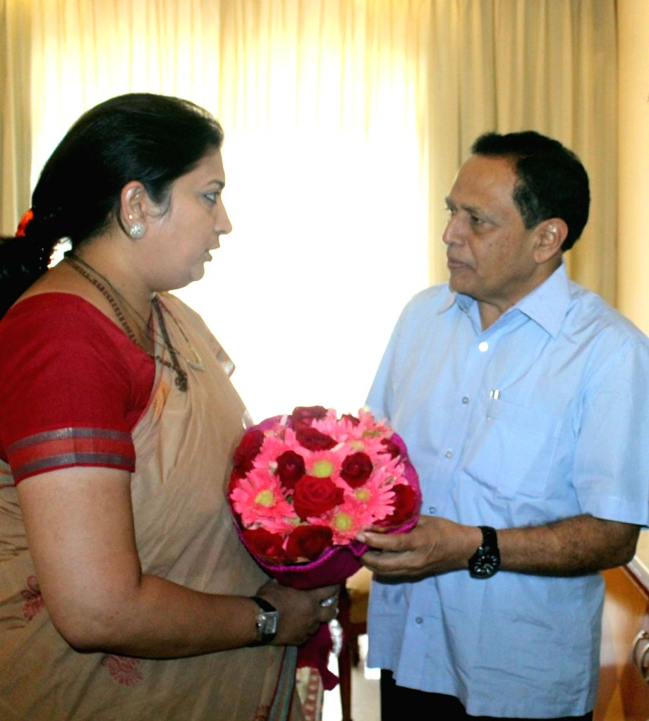 Union Human Resource Development Minister Smriti Irani being welcomed by Minister of State for Primary and Secondary Education Kimanne Ratnakar during a consultation meeting on New ...